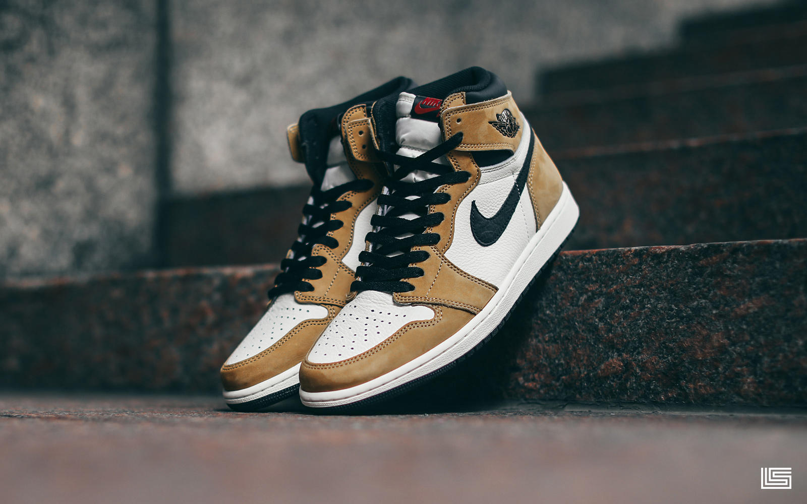 55ee93e6eb2d The Air Jordan Retro 1 OG  Rookie of the Year  is available November 17th  at 10AM.