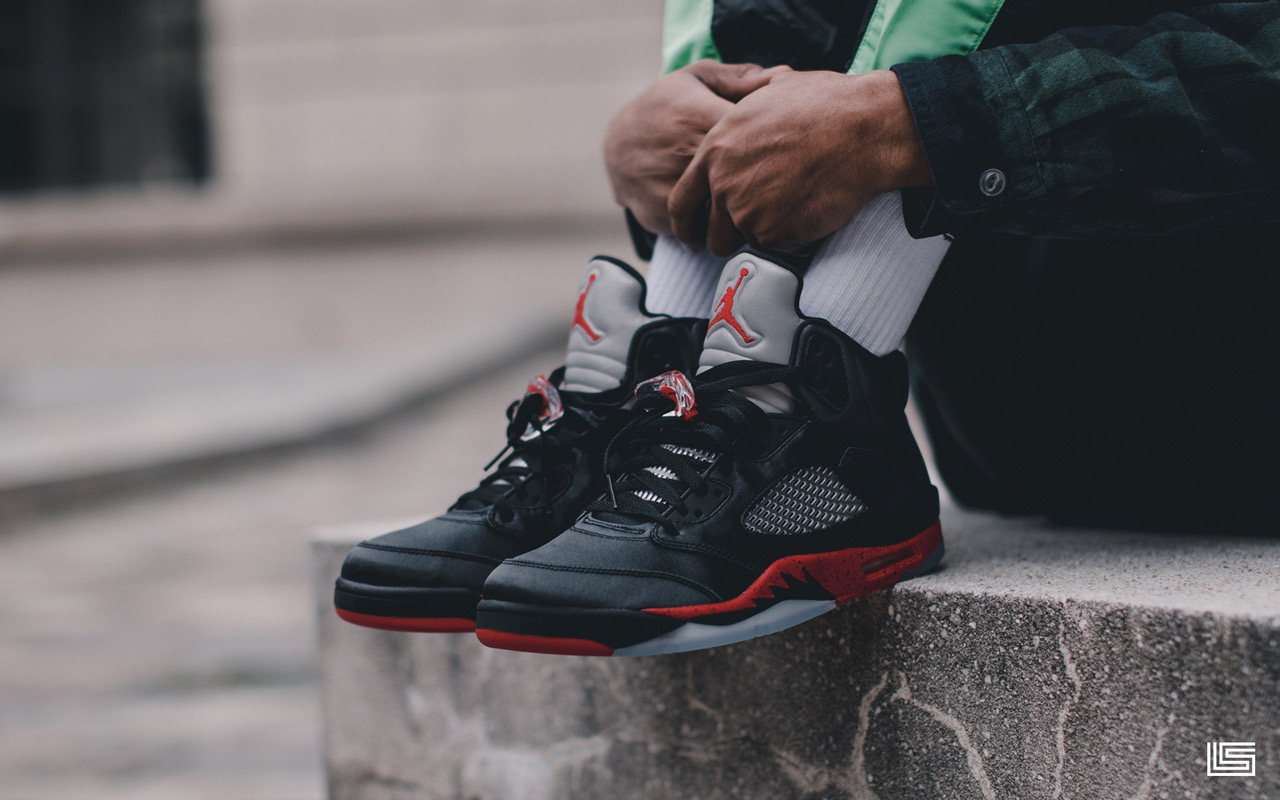 wholesale dealer 1c535 5038a Unboxed Episode 38: Air Jordan Retro 5 'Satin Bred' | The ...