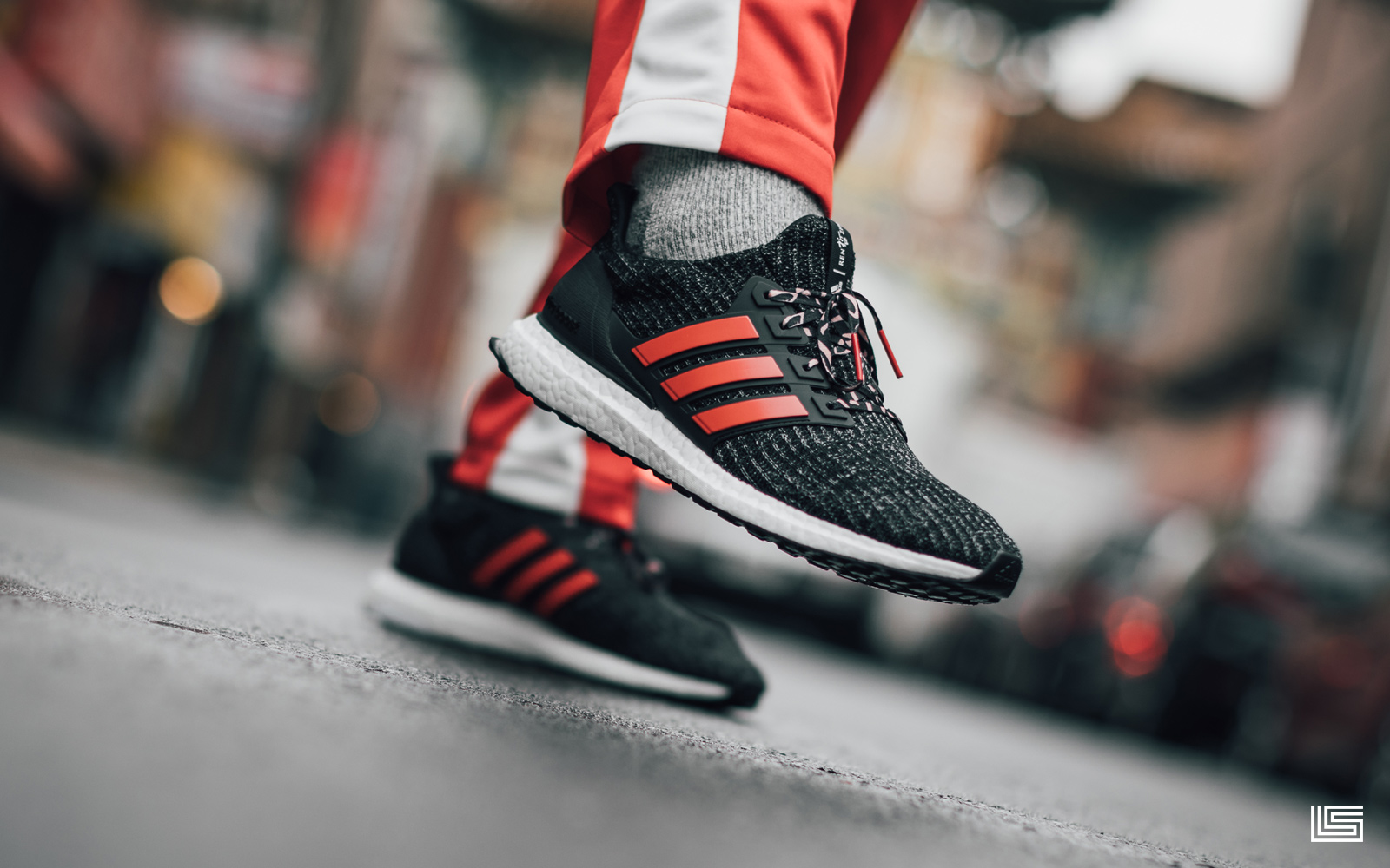 "SET TO DROP: ADIDAS ULTRABOOST 4.0 ""CHINESE NEW YEAR"""