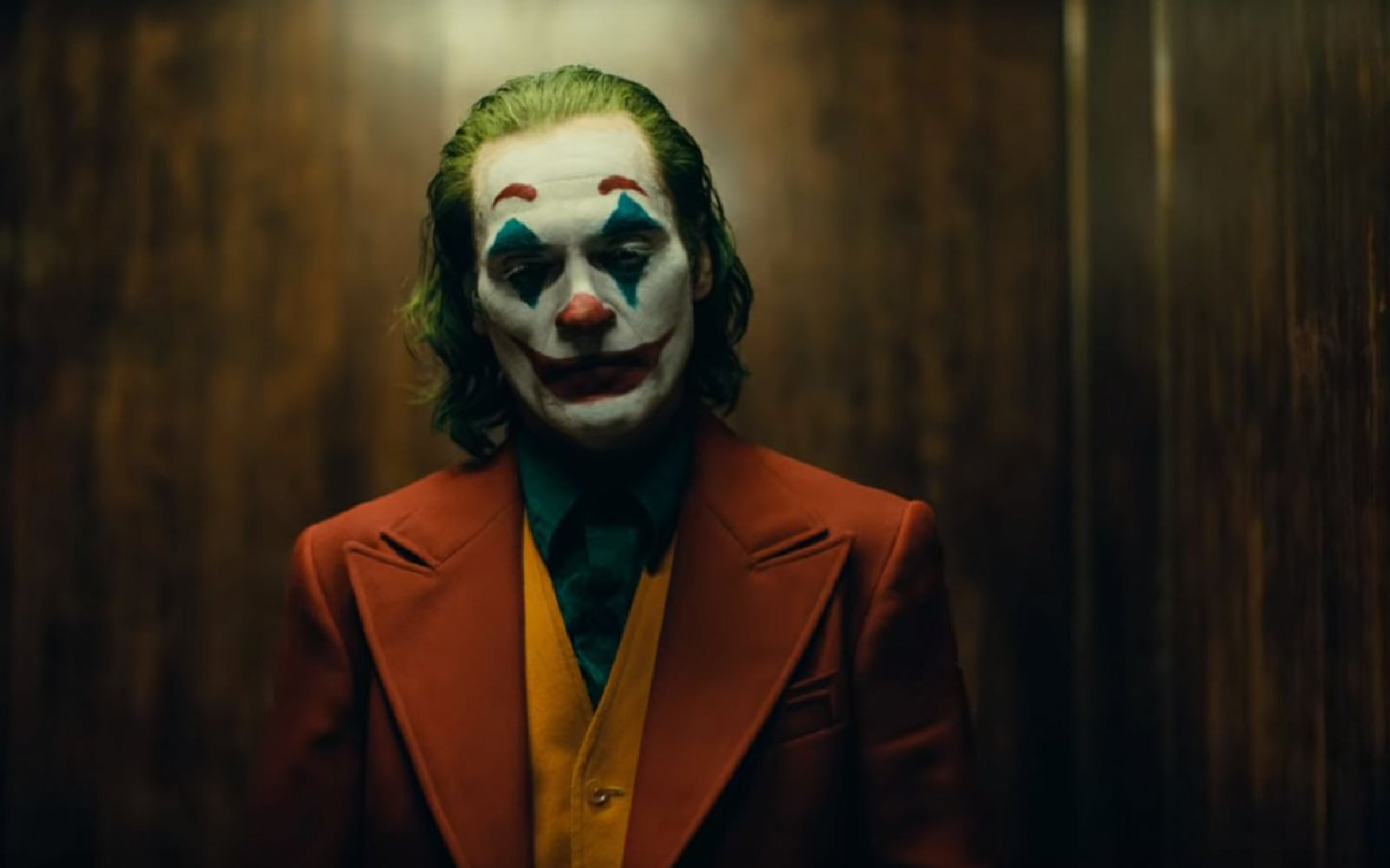 "MOVIE REVIEW | THEMES AND STANDOUTS FROM TODD PHILLIP'S ""JOKER"""